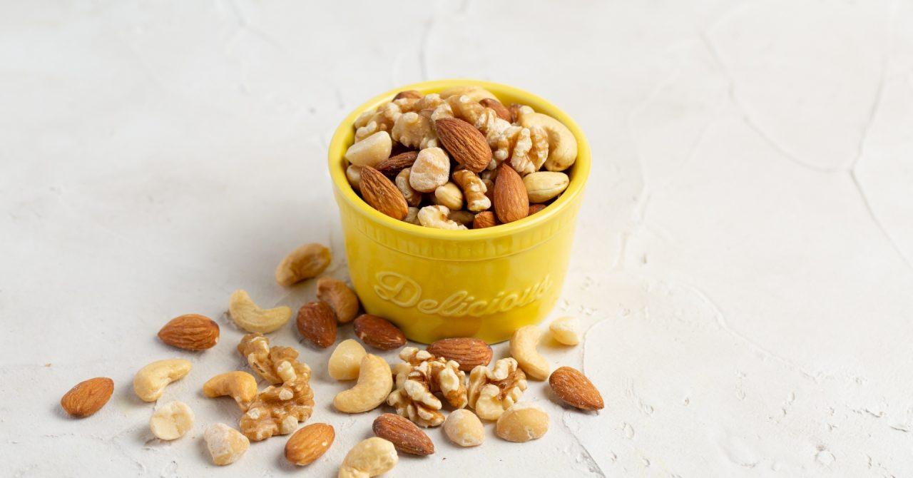 様々な種類があるナッツ
