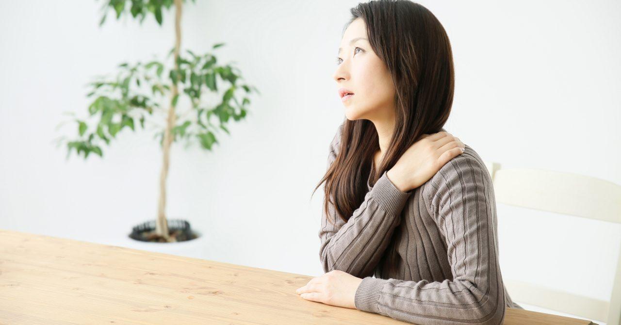 鉄分不足では疲れや立ちくらみなどの症状が現れる